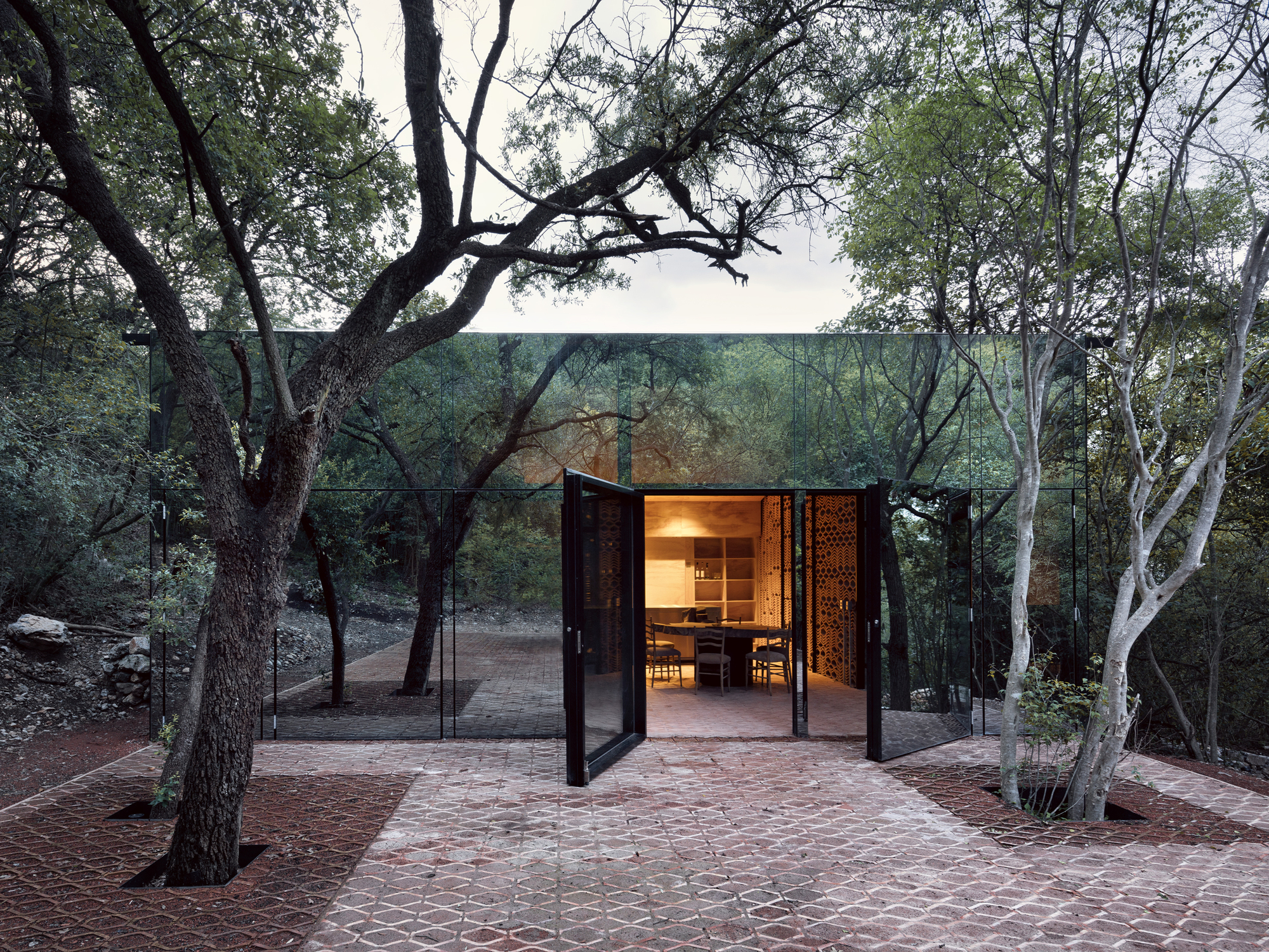 Uribe Schwarzkopf - arquitectos latinoamericanos